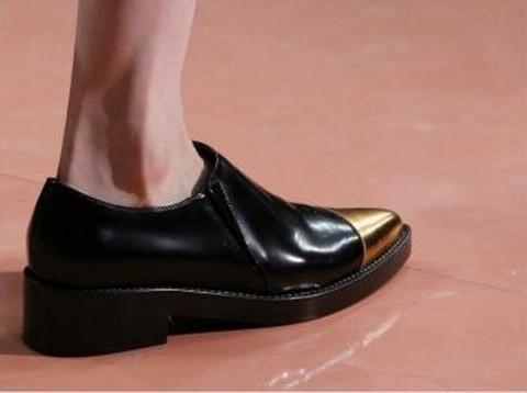 Обувь от Marni